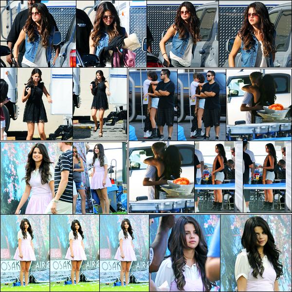 27.08.2012 ─ Selena Gomez a été photographiée alors qu'elle était sur le set « Behaving Badly » à Sherman Oaks.Les deux jours suivant, la belle Selena G était encore sur le set de son nouveau film. Dont une, en compagnie de Justin Bieber. Ses tenues sont des tops.