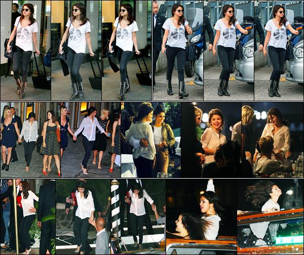 04.09.2012 ─ Selena Gomez a été photographiée alors qu'elle arrivait à l'aéroport « Charles de Gaulles », à Paris.Un peu plus tard, la belle a été photographiée arrivant à Venise, puis quittant un restaurant Harry's Dolci puis arrivant à son hôtel... Sa tenue est un top.