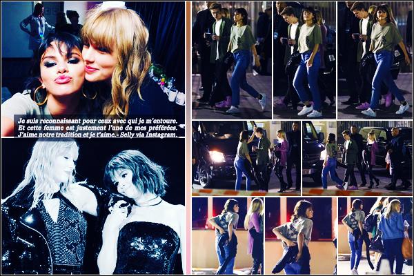 -19/05/2018- ─ Selena Gomez a été photographiée, alors, qu'elle quittait le concert de Taylor Swift étant, dans Pasadena !C'est le concert finis c'est un petit sourire au lèvres et vêtue décontracté que Sel a été vue sortant de la salle. Découvrez un message touchant pour Tay.