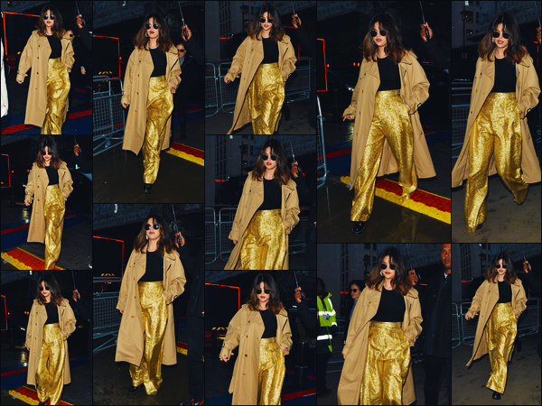 ''•-11/12/19-' : Selena Gomez a été photographiée, alors, qu'elle déambulait dans les rues, étant dans Londres. Quand on elle s'y met, on ne peut plus l'arrêter dis donc ! Encore une news de la belle chanteuse dans la ville Londonienne ! Un beau top.