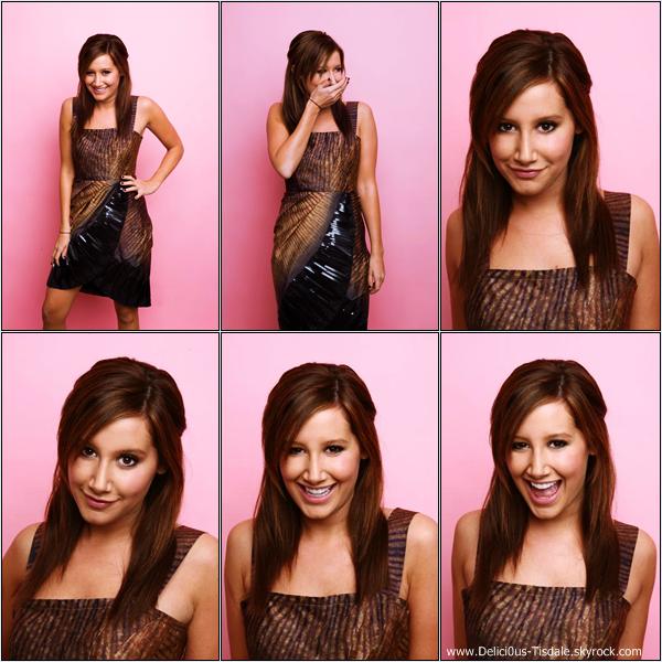 -   Photoshoot 2008 : Découvrez un photoshoot d'Ashley aux cotés de Vanessa Hudgens réalisé par Sara Jaye Weiss lors de la soirée US Weekly.   -