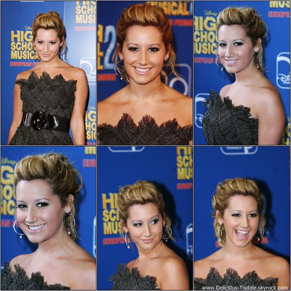-   02/09/2007: Ashley à la première de son nouveau film High School Musical 2 à Londres.   -