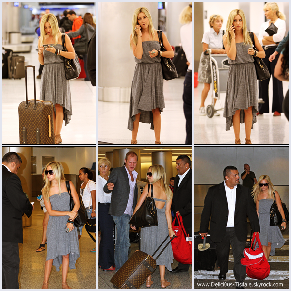 Ashley arrivant à l'aéroport LAX de Los Angeles pour prendre un vol en direction de Miami ce Vendredi 02 Septembre.