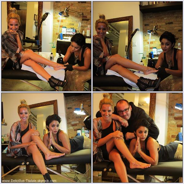 Ashley, sa soeur Jennifer et Vanessa Hudgens se faisant de nouveau tatouer chez East Side Ink à New-York ce Mercredi 07 Septembre.