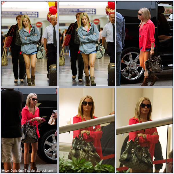 Ashley arrivant avec son manager Bill Perlman à l'aéroport LAX de Los Angeles ce Jeudi 20 Octobre.