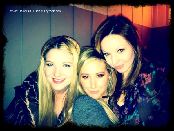 Ashley quittant le Key Club avec Martin Johnson et Haylie Duff à Los Angeles ce Vendredi 16 Décembre.