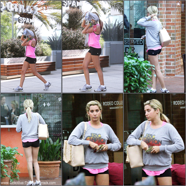 Ashley quittant la salle de gym Equinox dans West Hollywood ce Mardi 13 Mars.