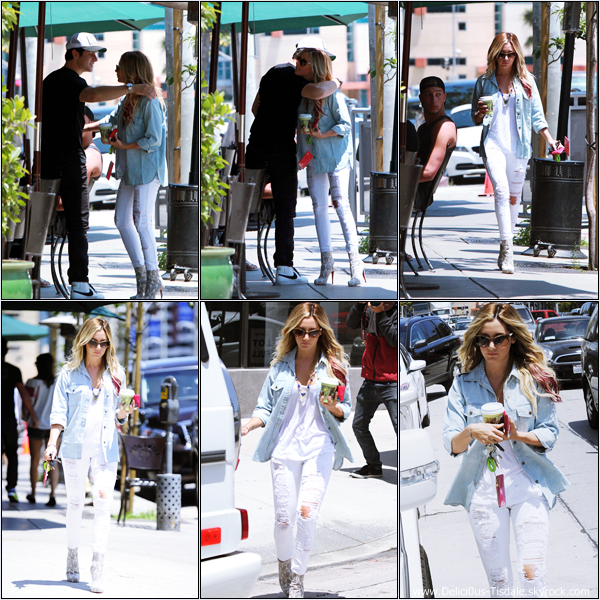 Ashley faisant du shopping sur Robertson Boulevard dans West Hollywood ce Mercredi 30 Mai.