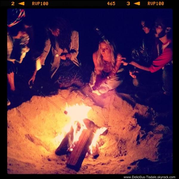 Ashley a bel et bien organisé une fête pour son anniversaire. Pour l'instant, découvrez ces quelques photos postées sur son compte Instagram.
