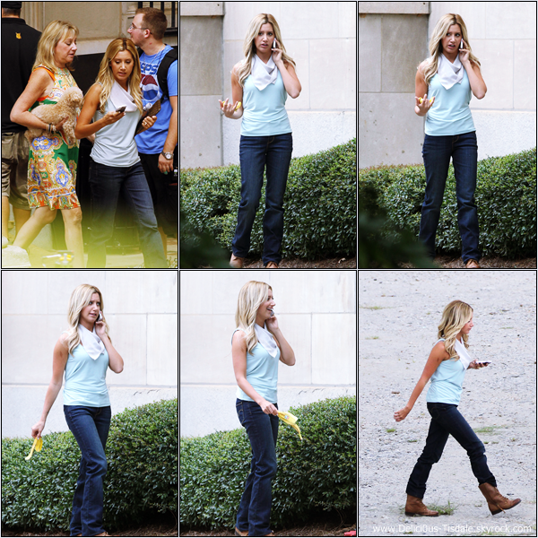 -   05/09/2012 : Ashley sur le tournage de son prochain film Scary Movie 5 à Atlanta.   -