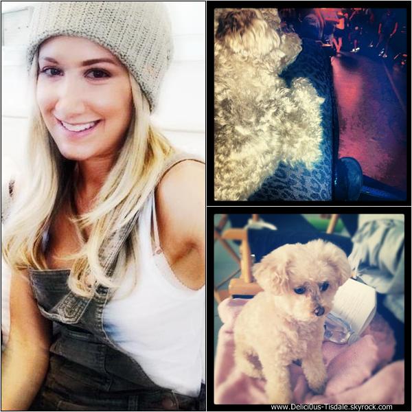 -   Instagram : Découvrez les dernières photos postées par les co-stars d'Ashley sur Instagram.   -