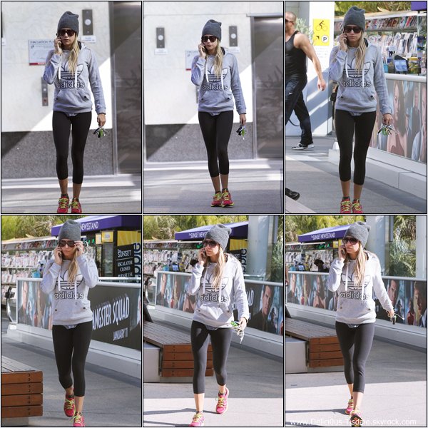 -   08/01/2013: Ashley se rendant à la salle de gym Equinox dans West Hollywood.   -