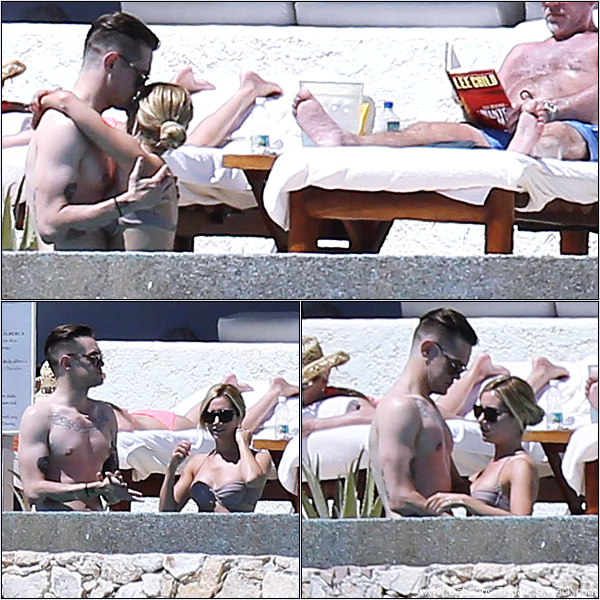 -   04/03/2013: Ashley et son petit-ami Christopher French profitant de leurs vacances à Cabo San Lucas au Mexique.   -