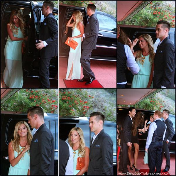 -   09/03/2013: Ashley et son petit-ami Christopher French au Mayor's Kokua Ball qui se déroulait à Maui, à Hawaii.   -