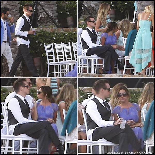 -   21/04/2013: Ashley et son petit-ami Christopher French assistant au mariage de sa coiffeuse Nikki Lee au Mexique.   -