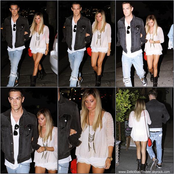 -   21/06/2013: Ashley et son petit-ami Christopher French arrivant au restaurant Kiwami à Studio City.   -