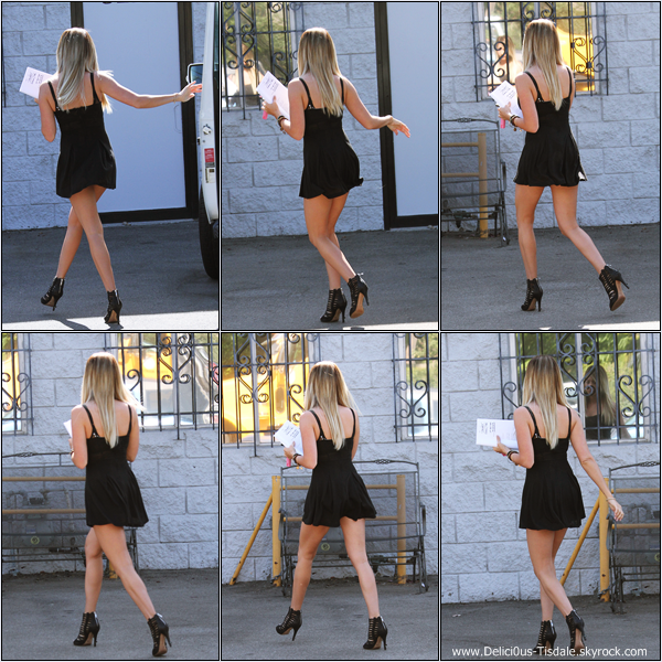 -   25/07/2013: Ashley se rendant au casting de la série Two and a Half Men à Los Angeles.   -