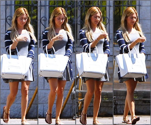 -   21/08/2013: Ashley quittant un studio à Los Angeles.   -