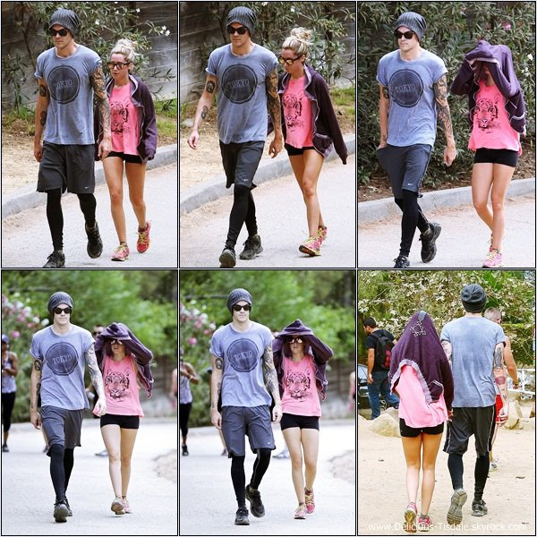 -   31/08/2013: Ashley et son fiancé Christopher French faisant de la randonnée au Runyon Canyon à Hollywood.   -