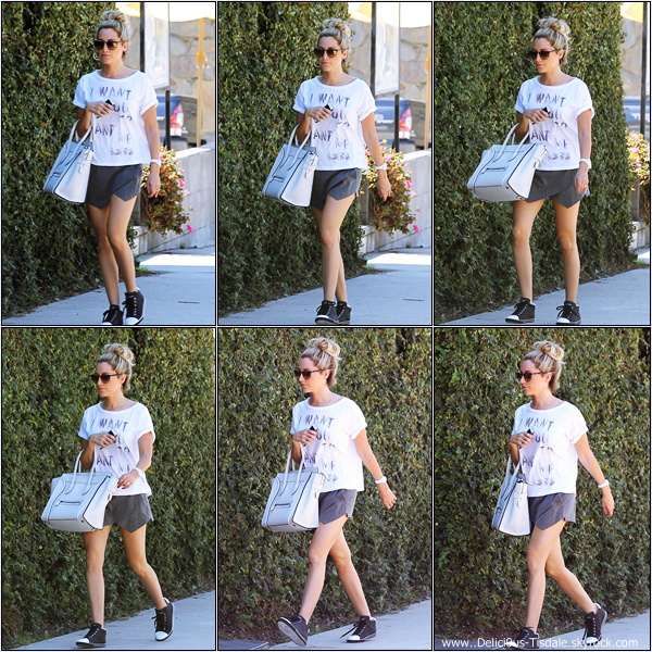 -   12/09/2013: Ashley arrivant aux studios Margarita Mix à Los Angeles.   -