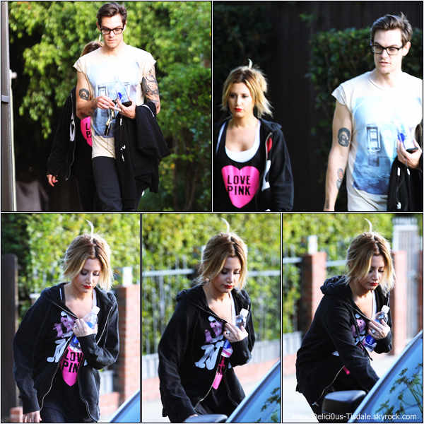-   16/12/2013 : Ashley et son fiancé Christopher French de sortie dans les rues de Los Angeles.   -