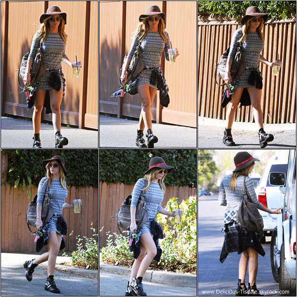 -   05/02/2014 : Ashley arrivant/quittant le Aroma Cafe dans Studio City.   -
