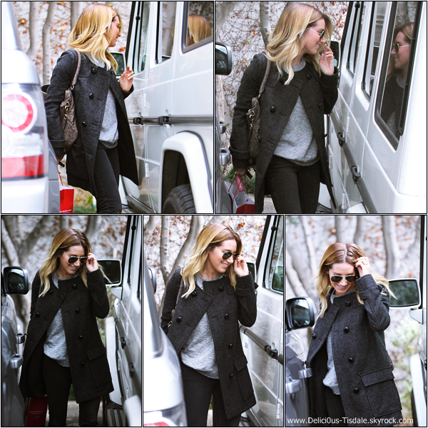 -   07/02/2014 : Ashley quittant le salon de coiffure Andy Lecompte dans West Hollywood.   -