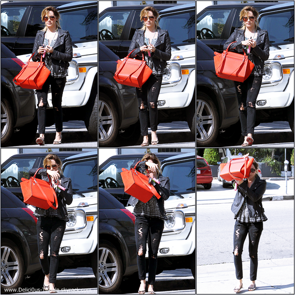 -   13/02/2014 : Ashley arrivant/quittant le salon de coiffure Andy Lecompte dans West Hollywood.   -
