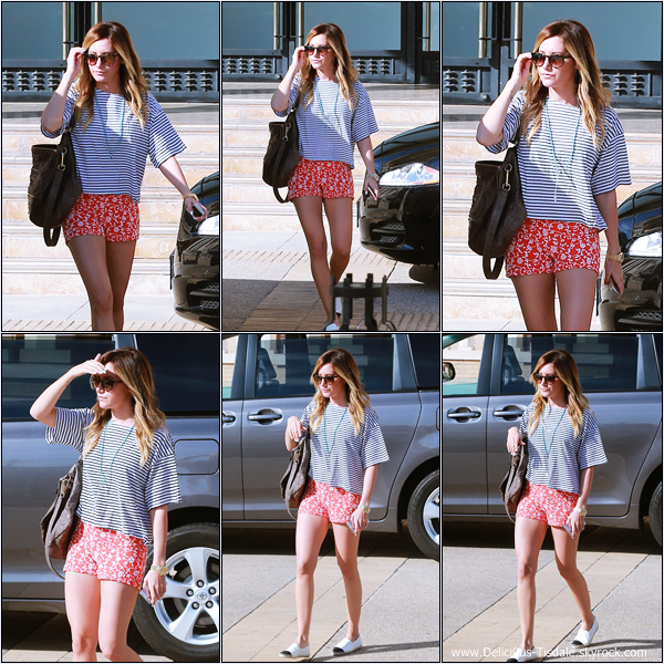 -   25/02/2014 : Ashley arrivant/quittant le magasin Barneys New York à Beverly Hills.   -