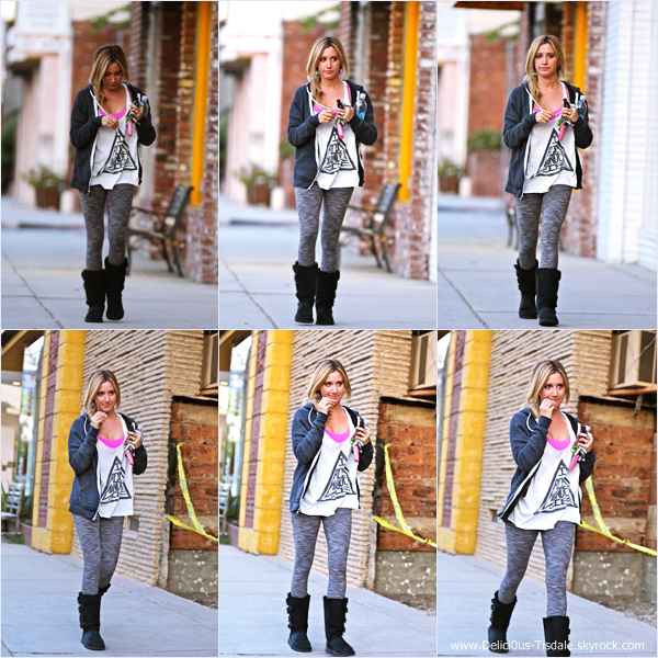 -   07/04/2014 : Ashley arrivant au WundaBar Pilates dans Studio City.   -