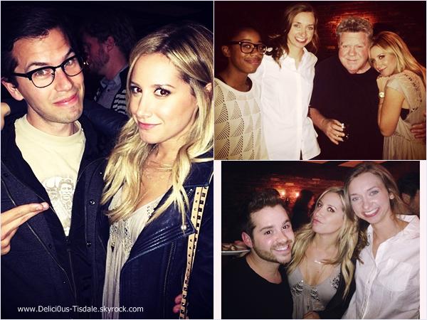 -   19/04/2014 : Ashley, son fiancé Christopher French et sa chienne Maui quittant le Vivian's Millenium Cafe dans Studio City.   -