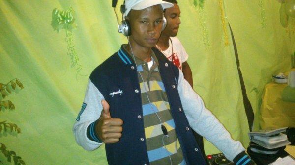 DJ ken's