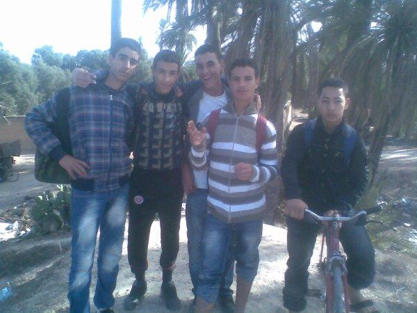 toujours avec mes amis