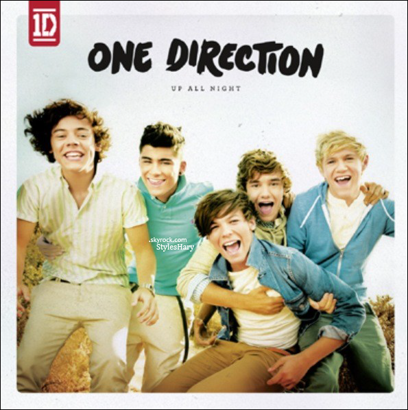 "Découvrez la pochette de l'album des One Direction "" UP ALL NIGHT "" ."