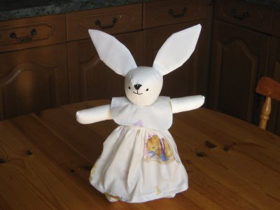 Lapin maman robe ourson