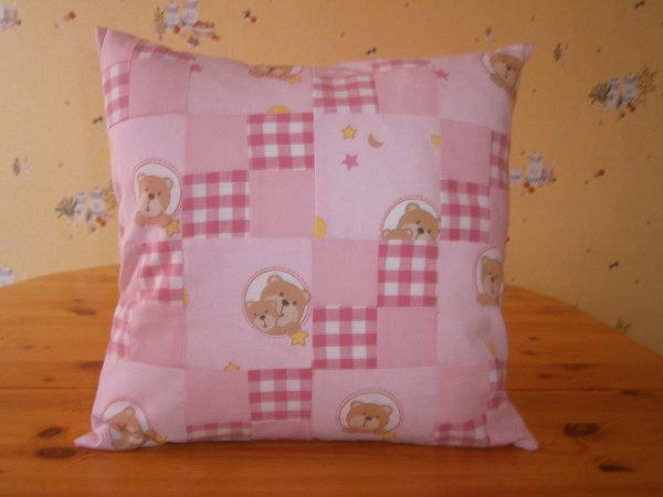 Coussin vichy rose ourson