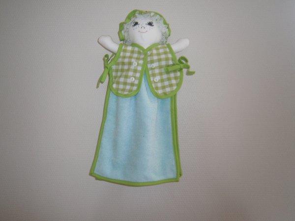 Poupée essuie main vichy vert anis moyen carreaux serviette turquoise
