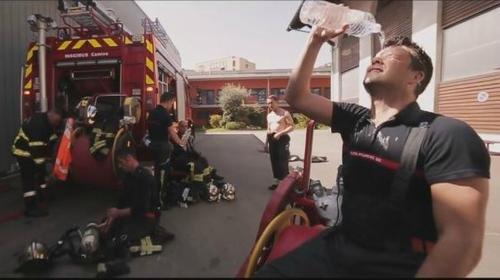 VIDEO : Les pompiers de Nice comme vous ne les avez jamais vu !