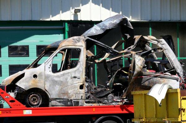 HAUTE-SAVOIE Pompiers attaqués lors d'une embuscade à Duingt : les agresseurs toujours recherchés