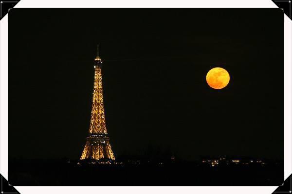 un pti coucou de cette nuit a Paris