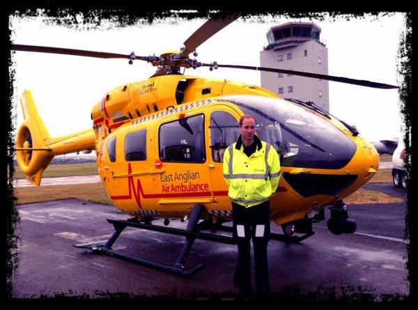 Prince William sauve une petite fille, victime d'un accident de voiture !!