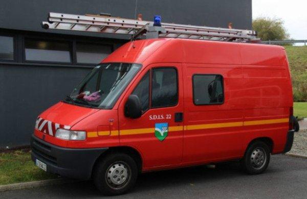 #Honteux : Pléneuf-Val-André Quand un véhicule de pompiers sert de taxi à un élu !