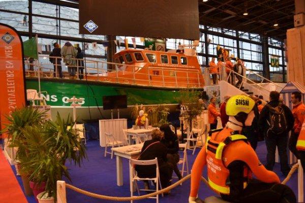Au salon nautique de Paris, on embarque avec les sauveteurs !