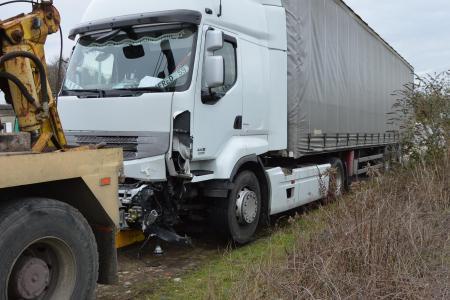 Une conductrice décède dans un face-à-face avec un poids lourd près de Soissons (1er partie)