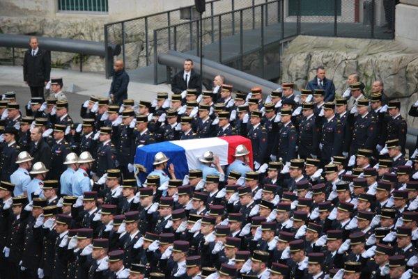 Lorraine : un pompier volontaire se suicide dans sa caserne ! RIP