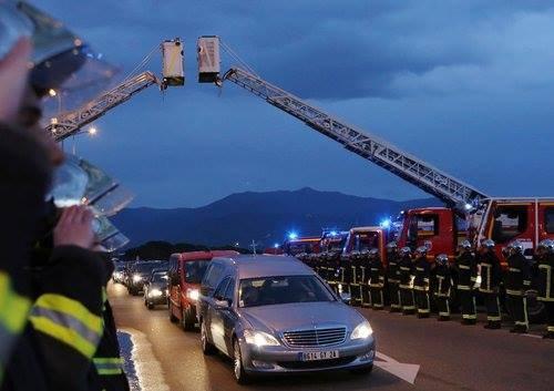 L'adieu des pompiers à Jean-Antoine Mela ! Adieu Collègue :'(