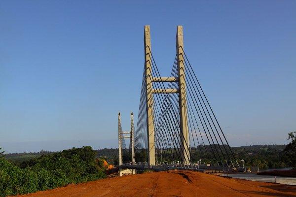 Le pont entre la Guyane et le Brésil.