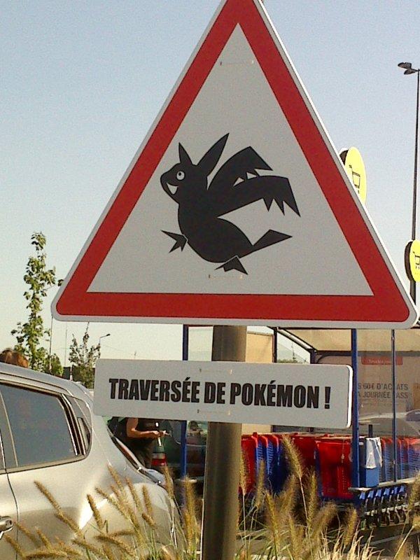 Nouveau panneau à l'entrée de Carrefour Auchy les mines!!!