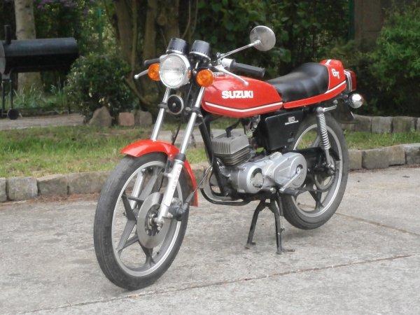 Des news de mon tiot 50 GT Suzuki