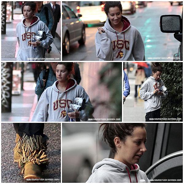 . _____• De retour a Vancouvert, Ashley a été aperçue en sortant d'une salle de gym, ce 6 janvier..